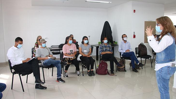 Empleo y educación petición de jóvenes en mesas de diálogos