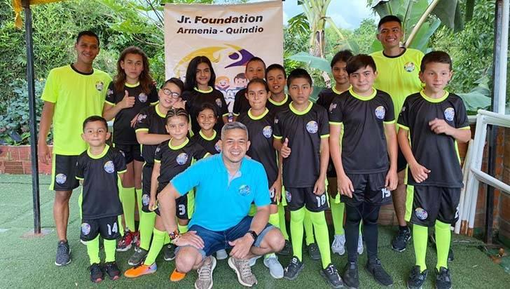 Jorge Ramírez, de árbitro Fifa a líder de fundación social