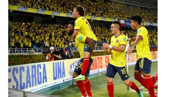 3-1. Borja y Díaz impulsan el renacimiento de Colombia y hunden a Chile