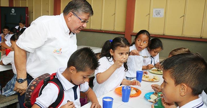 Suspenden alimentación escolar en once municipios del Quindío