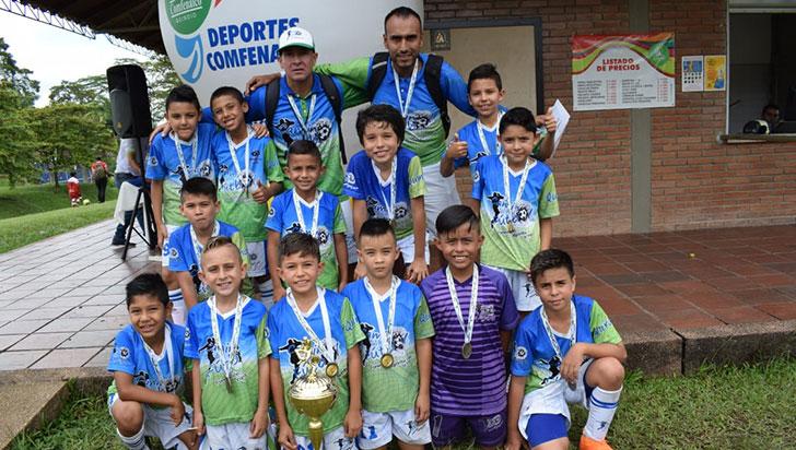 De cuatro finales en Comfenalco, Camino al Fútbol logró dos títulos