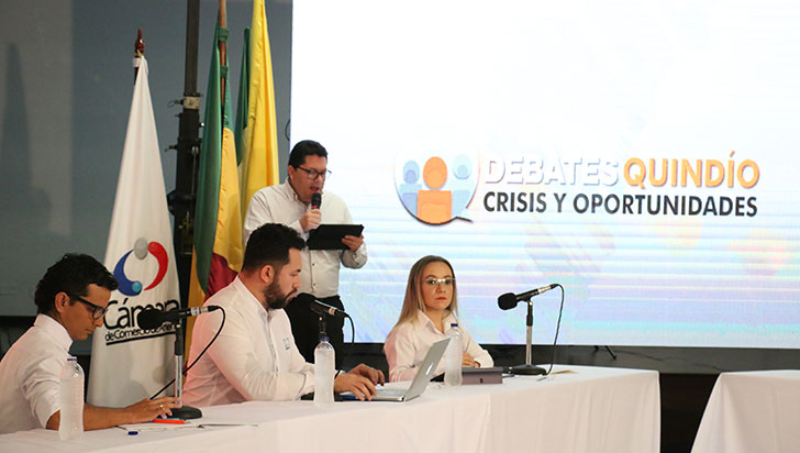 """""""La movilidad en Armenia está en semáforo rojo"""": conclusión en Debates Quindío"""