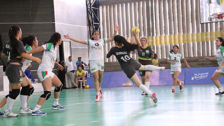 Triatlón y balonmano, destacados Por el Quindío en Bolívar 2019