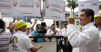 Candidatos a los comicios del 25 de octubre cerraron procesos de campaña