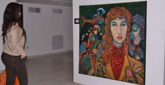 Apoyo al arte en la sala Roberto Henao Buriticá