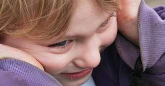 Exposición temprana de niños a metales afecta al riesgo de autismo, según estudio