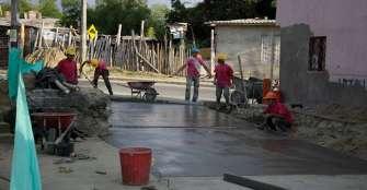 Obras para la malla vial y la adecuación de escenarios deportivos