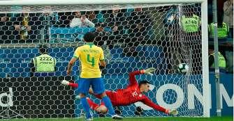 Desde los 12 pasos, Brasil se metió a la semifinal de Copa