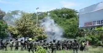 Policía fue herido en Neiva tras disturbios