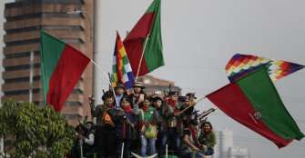 Indígenas protagonizaron cacerolazo en Bogotá