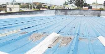 Llueve dentro de los Centros de Desarrollo Comunitario, CDC