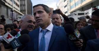 Guaidó es reelegido como presidente del Parlamento en una sesión paralela
