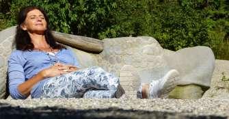 Tener más sexo podría demorar la llegada de la menopausia