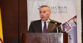Embajador de EE.UU. muestra preocupación por el cierre de Uber en Colombia
