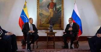 Rusia prevé ampliar cooperación militar con Venezuela
