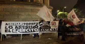 Manifestantes reclaman al Gobierno que cese asesinato de exguerrilleros de las Farc