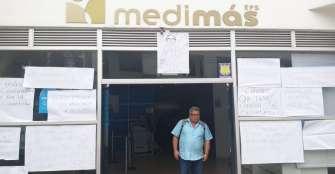 Funcionarios de Medimás protestaron contra medidas del Procurador