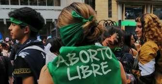 """Duque recibe con """"tranquilidad"""" decisión judicial sobre el aborto en Colombia"""