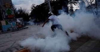 Protestas en Chile terminaron con más de 60 detenciones y 10 heridos