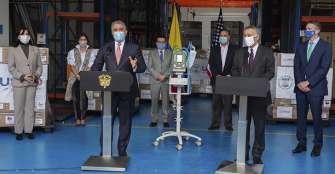 Colombia recibe 200 respiradores donados por EEUU para lucha contra COVID-19