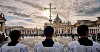 el-vaticano-publica-un-manual-para-tratar-los-casos-de-abusos-a-menores