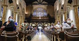 Iglesia católica mexicana reanuda las misas tras el cierre por pandemia