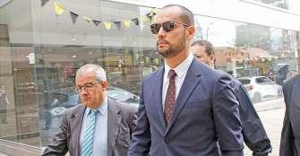 Juez ordena detención domiciliaria de exabogado de Uribe