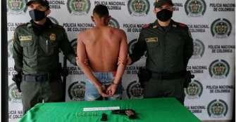 Hombre fue capturado por porte de armas  de fuego en Armenia