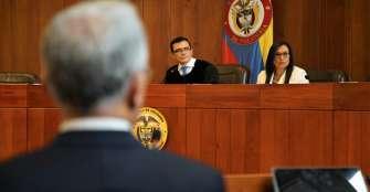 Expresidente Uribe dice que está preso por 'inferencias' de la Corte Suprema