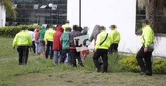 Comandante de la  Policía no descarta complicidad de custodio en fuga de presos