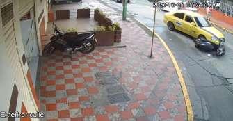 Taxi que arrolló motocicleta el pasado  lunes opera ilegalmente: cooperativa