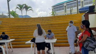 Alternancia educativa, aún sin protocolos; padres temen por la salud de sus hijos