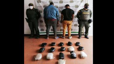16 paquetes con 9 kilos de  marihuana eran transportados  por extranjeros en Calarcá