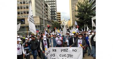 Desmovilizados de la Farc llegan a Bogotá para pedir que cese la violencia