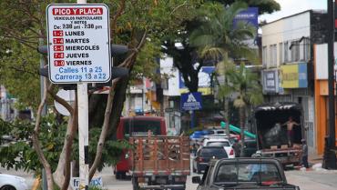 Desde este martes, multas por violar pico y placa en toda la ciudad