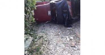 Jeep Willys ocupado con integrantes del Sena se volcó en La Virginia