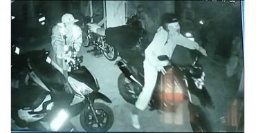 Sujetos hurtaron motocicleta de un parqueadero en el barrio Serranías de Armenia