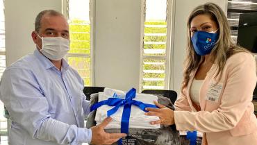 280 kits de sábanas entregó Quindío Competitivo al San Juan de Dios
