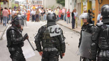 """""""El no uso de la escopeta calibre 12 y gases, no pone en riesgo a la Policía"""""""