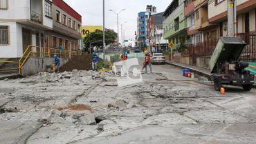 Malibú y calle 10, primeras obras de reparación de la malla vial