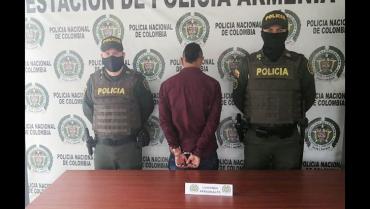 Con arma cortocontundente,  sujeto atacó a otro en Las Colinas