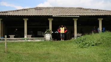 Desalojadas 7 familias de la finca Santa Clara de Armenia
