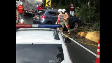 colision-de-2-vehiculos-en-la-via-la-linea-no-dejo-victimas