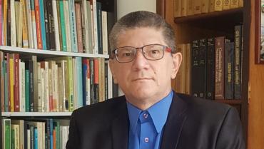 Quindiano ganó concurso internacional con ensayo que defiende la eutanasia