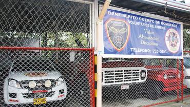 Auxilio, piden los bomberos voluntarios de Armenia
