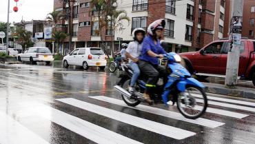Desde el 20 de enero, motociclistas deberán llevar bien abrochado el casco