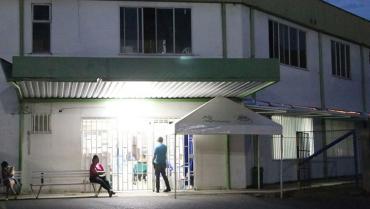 Comandante del CAI Los Naranjos fue agredido por un hombre que no respetó toque de queda
