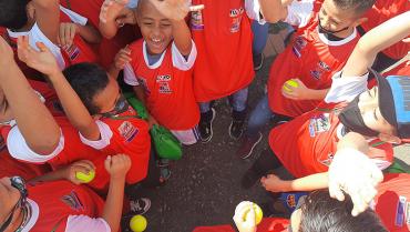 Deportistas de Buenavista recibieron dotación deportiva