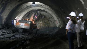 Tras excavación completa de túneles anexos, obras en La Línea al 95 %