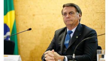 bolsonaro-insiste-contra-el-confinamiento-con-la-pandemia-acelerada-en-brasil